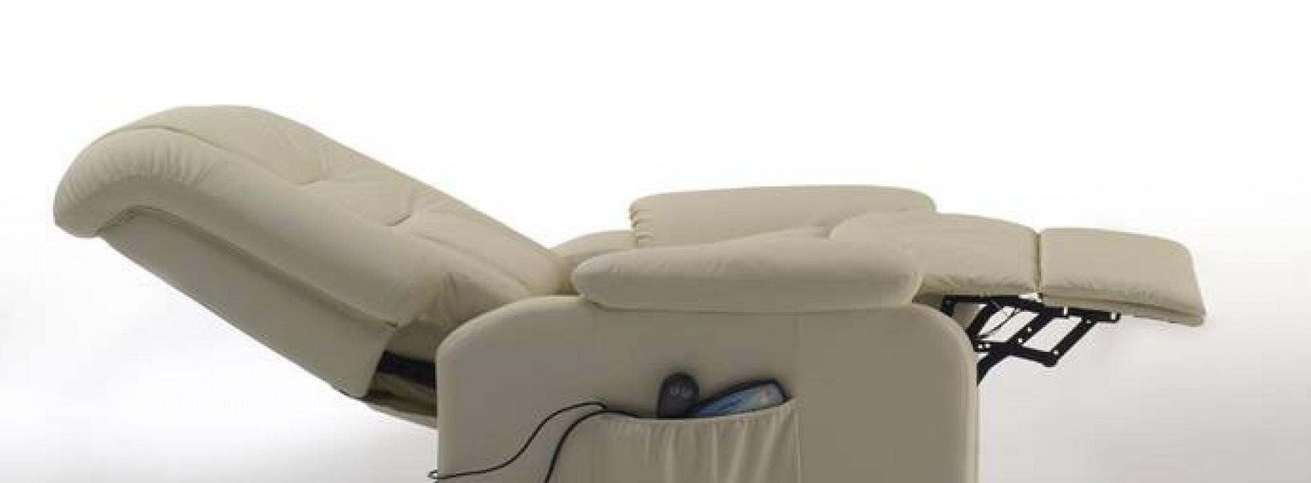 Poltrone Reclinabili Prezzi. Affordable Poltrona Elettrica Relax Luna Pelle Lux With Poltrone ...